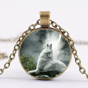 Wolf cabochon necklace